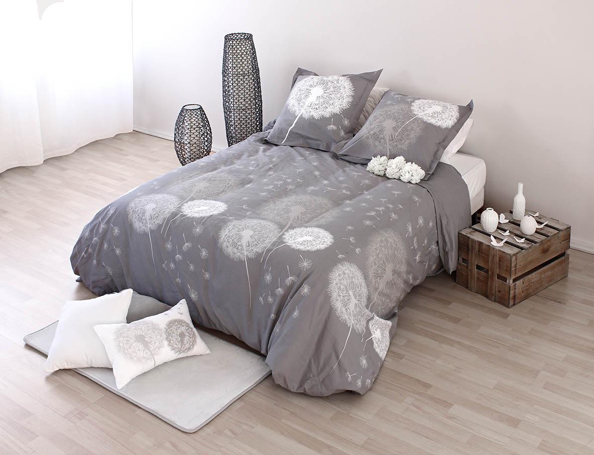 parure de lit motifs housse de couette et 2 taies matin d hiver matin d 39 hiver. Black Bedroom Furniture Sets. Home Design Ideas