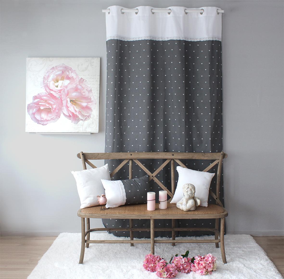 Rideau imprim petits coeurs et dentelle gris naturel homemaison vente en ligne rideaux for Petit rideau gris