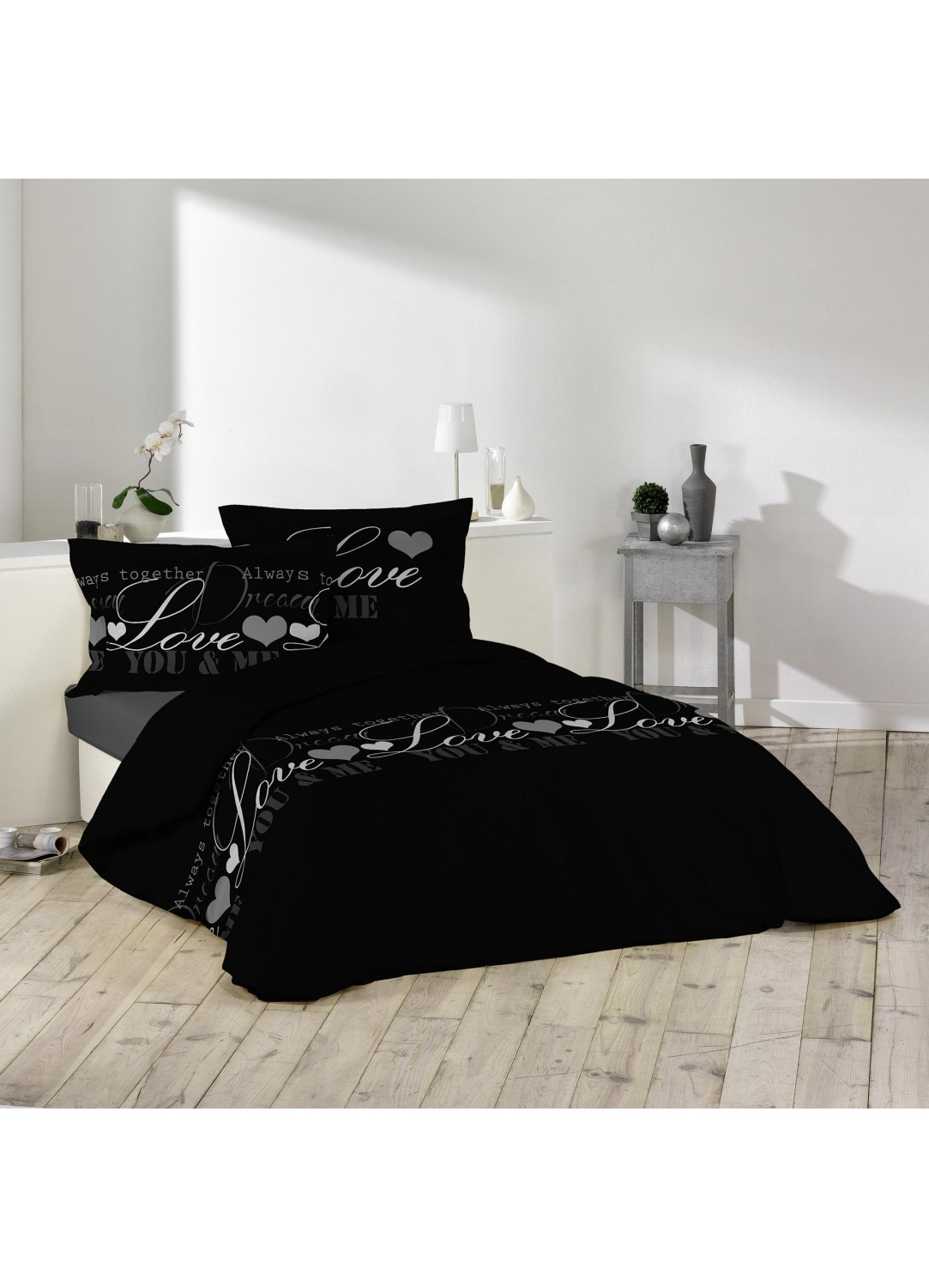 parure de lit imprim e love multicolors homemaison vente en ligne parures de lit. Black Bedroom Furniture Sets. Home Design Ideas