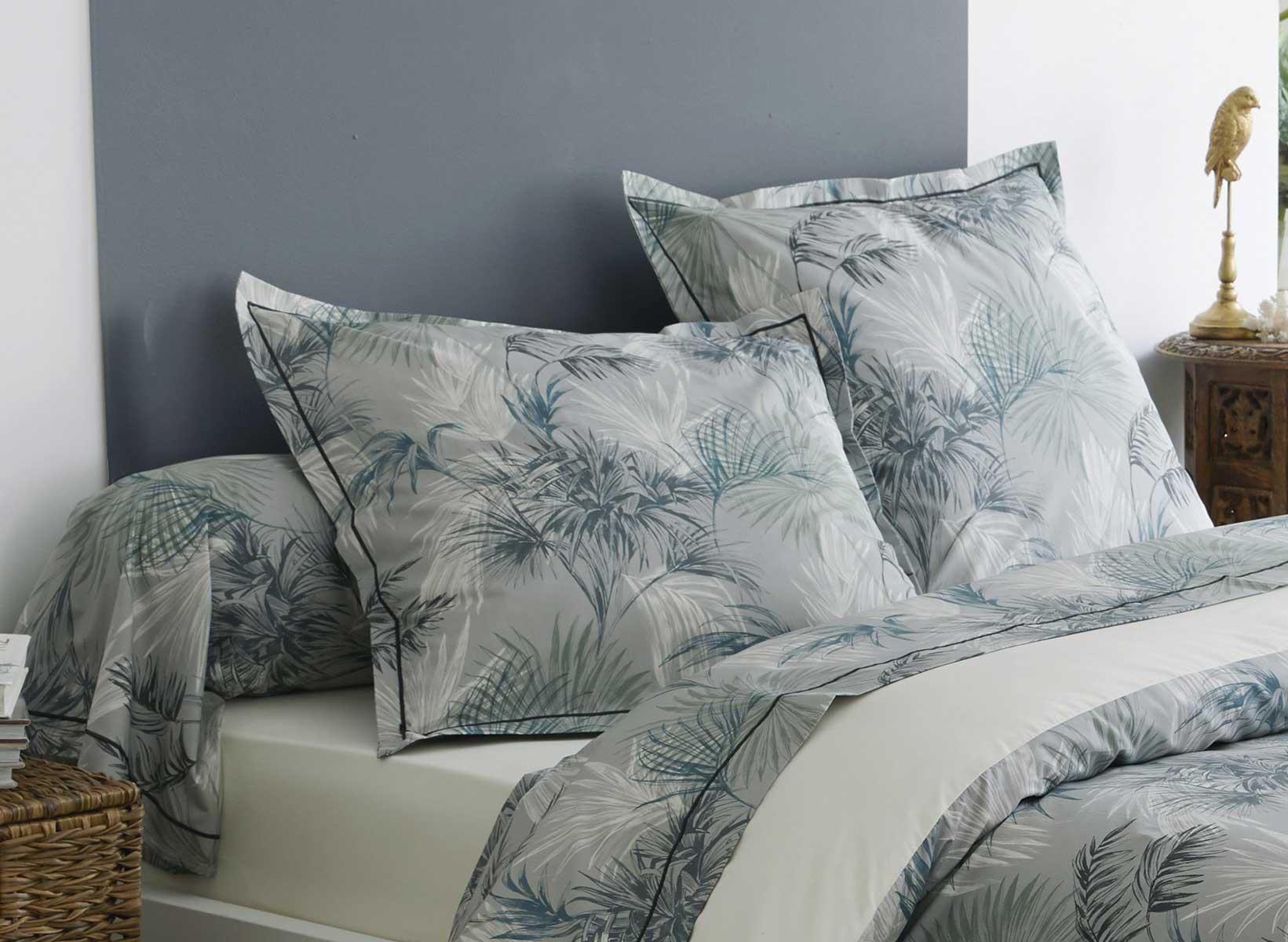 taie d oreiller feuillage tropical bleu vert. Black Bedroom Furniture Sets. Home Design Ideas