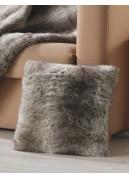Coussin carré en fourrure 'loup'