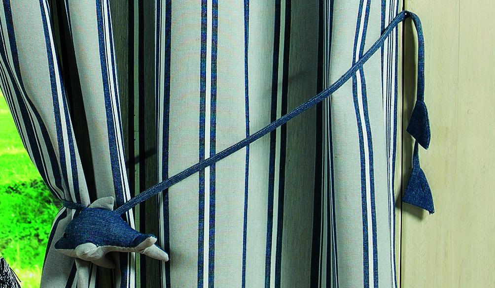 Embrasse 'Dauphin' (Bleu)