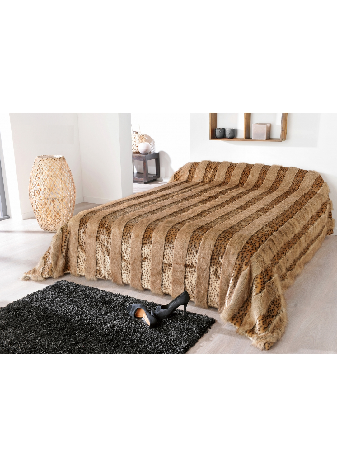 jet de lit en fausse fourrure lynx marron homemaison vente en ligne couvertures et plaids. Black Bedroom Furniture Sets. Home Design Ideas
