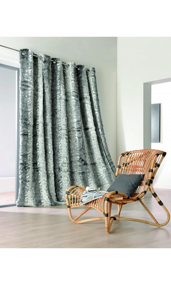 rideau pais en fourrure loup gris marron. Black Bedroom Furniture Sets. Home Design Ideas