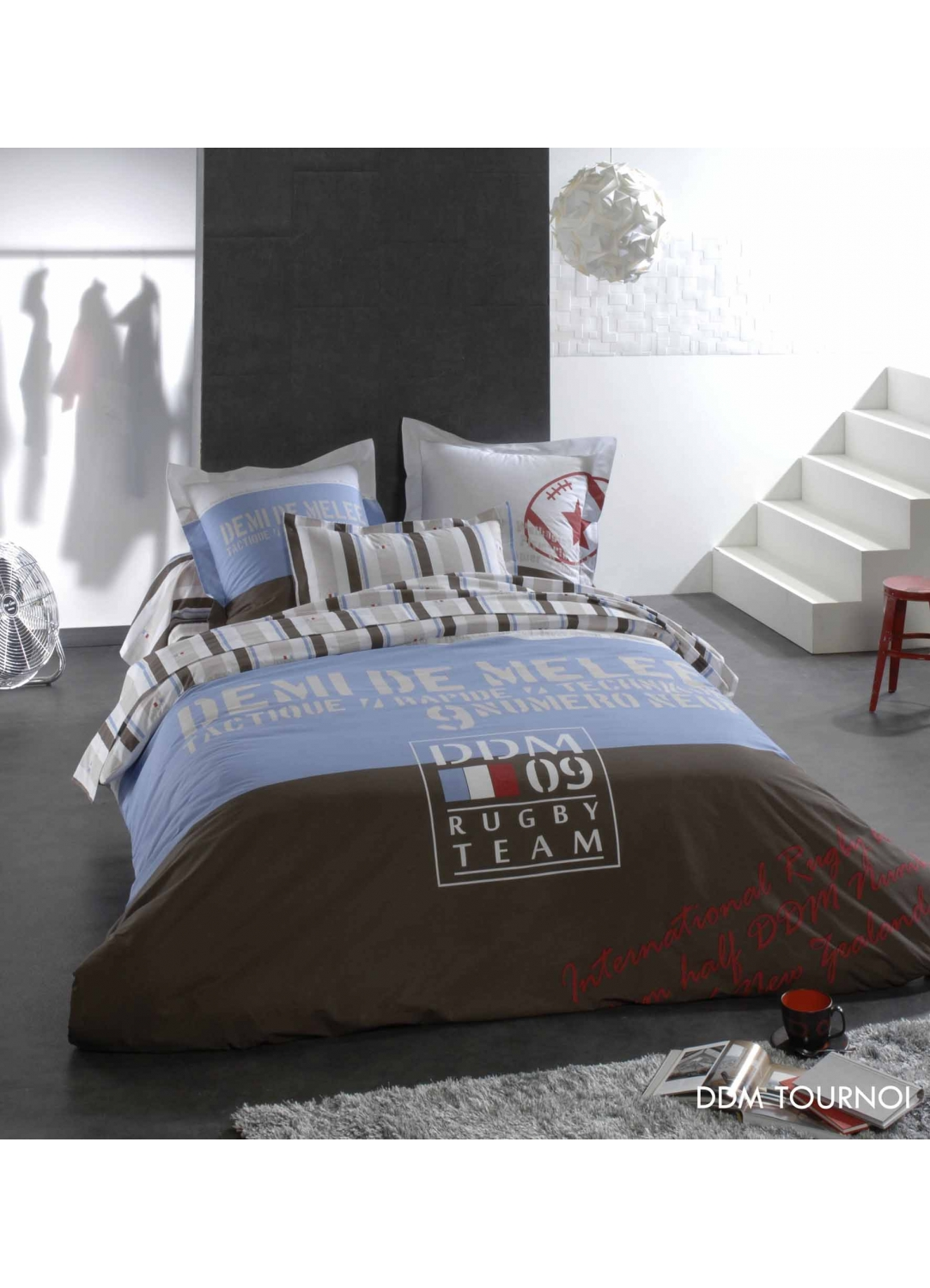 housse de couette bleu marine d coration de maison contemporaine. Black Bedroom Furniture Sets. Home Design Ideas