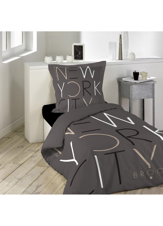 parure de lit imprim e city graphik chocolat homemaison vente en ligne parures de lit. Black Bedroom Furniture Sets. Home Design Ideas