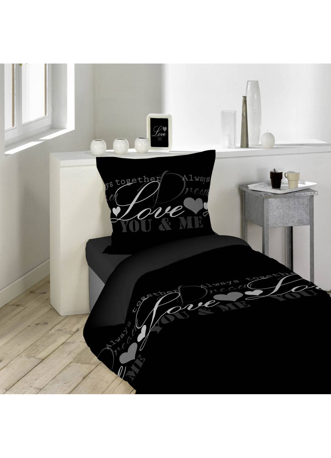 parure de lit imprim e love dreams noir homemaison vente en ligne parures de lit. Black Bedroom Furniture Sets. Home Design Ideas
