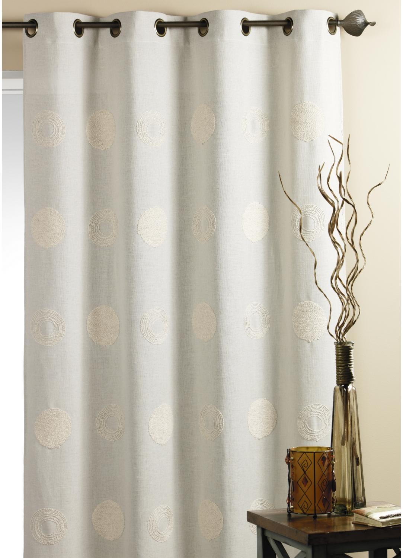 Rideaux homemaison sp cialiste rideaux voilages stores et coussins pour - Rideau coton blanc brode ...