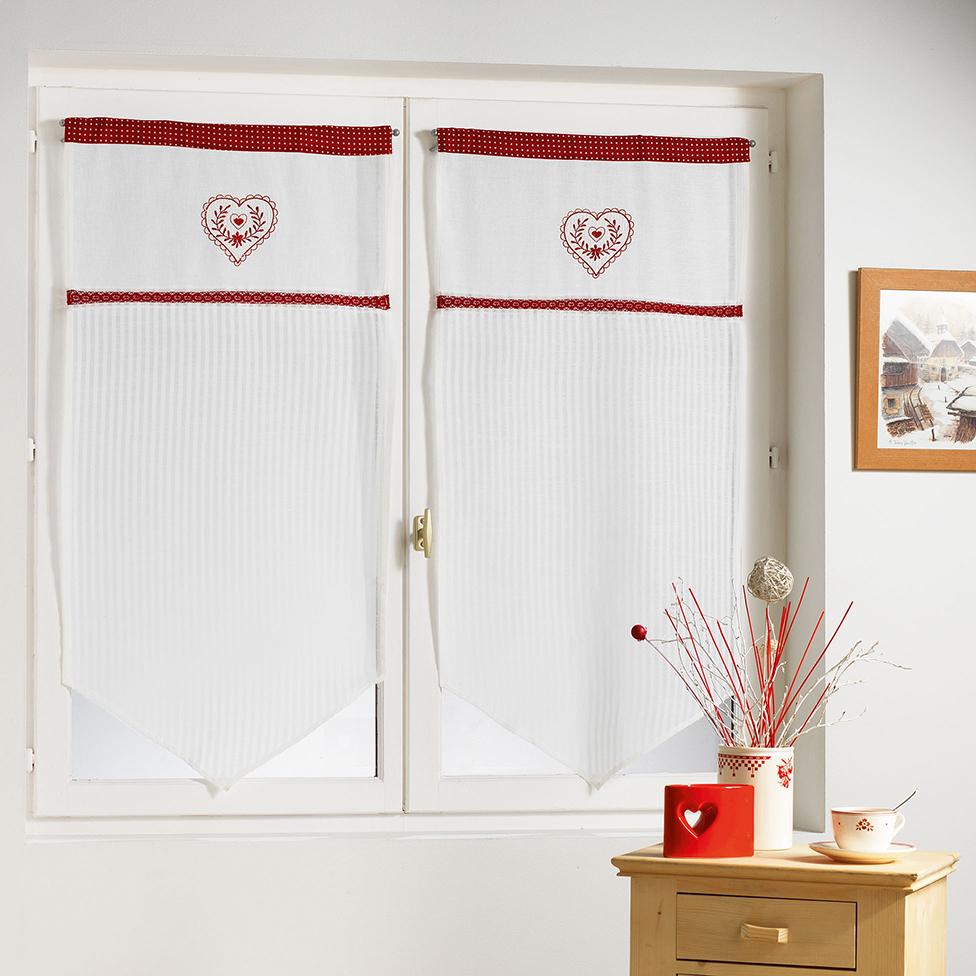 paire vitrages brod s coeur et dentelle rouge. Black Bedroom Furniture Sets. Home Design Ideas