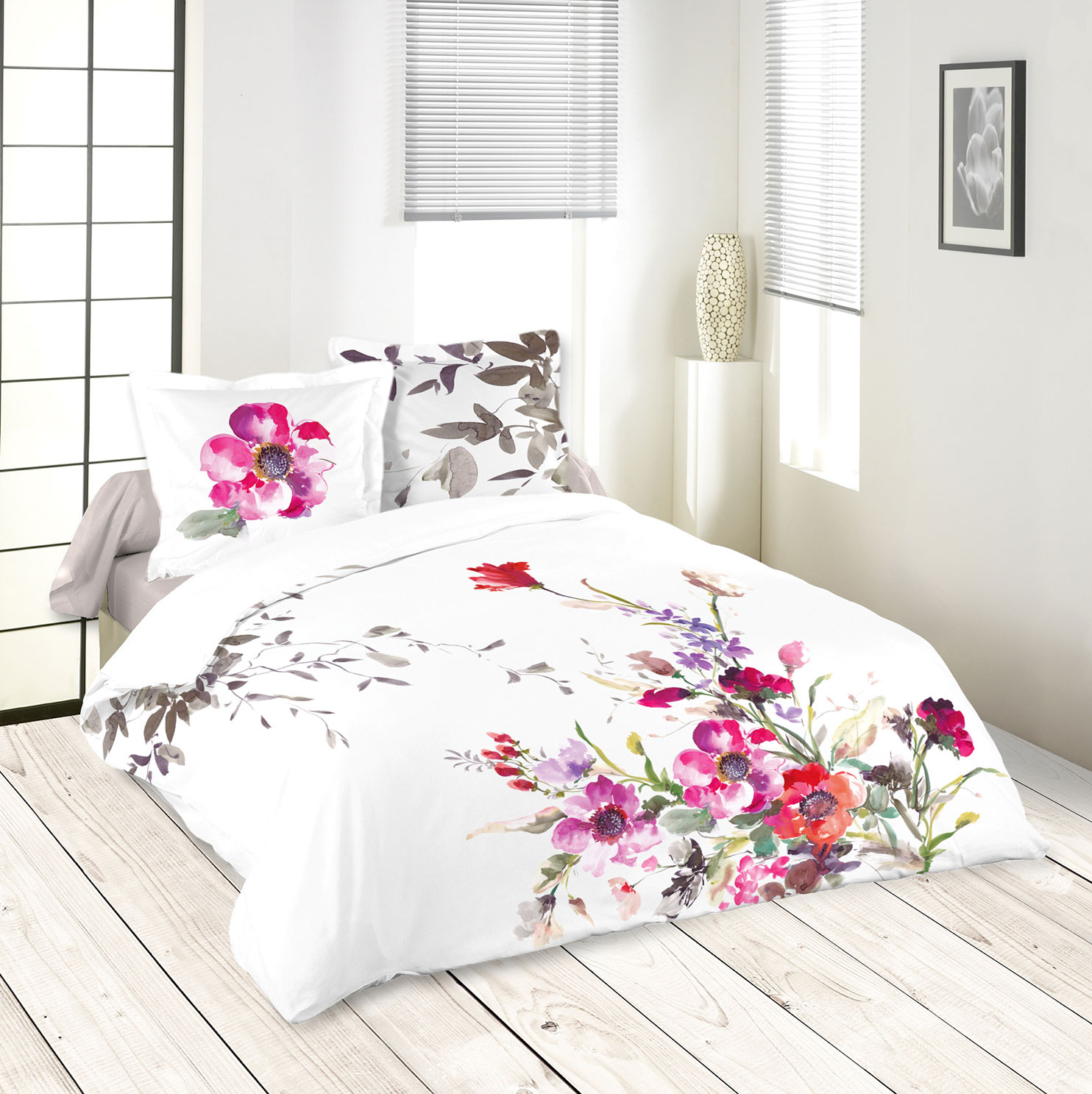 parure de couette bouquet fleuri blanc violet rose et. Black Bedroom Furniture Sets. Home Design Ideas