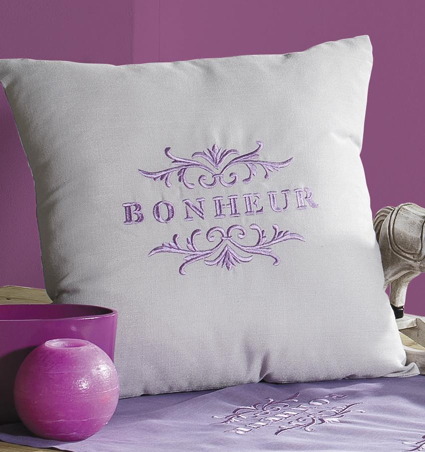Housse de Coussin Brodé 'Bonheur' (Lilas)