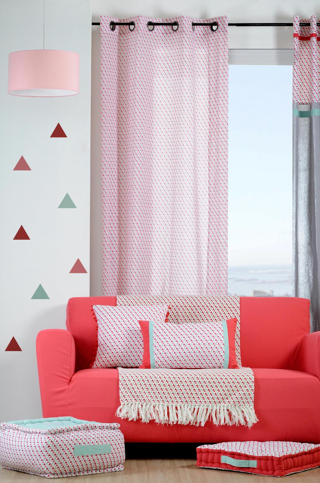 voilage avec imprim g om trique triangles rouge c ladon homemaison vente en ligne voilages. Black Bedroom Furniture Sets. Home Design Ideas