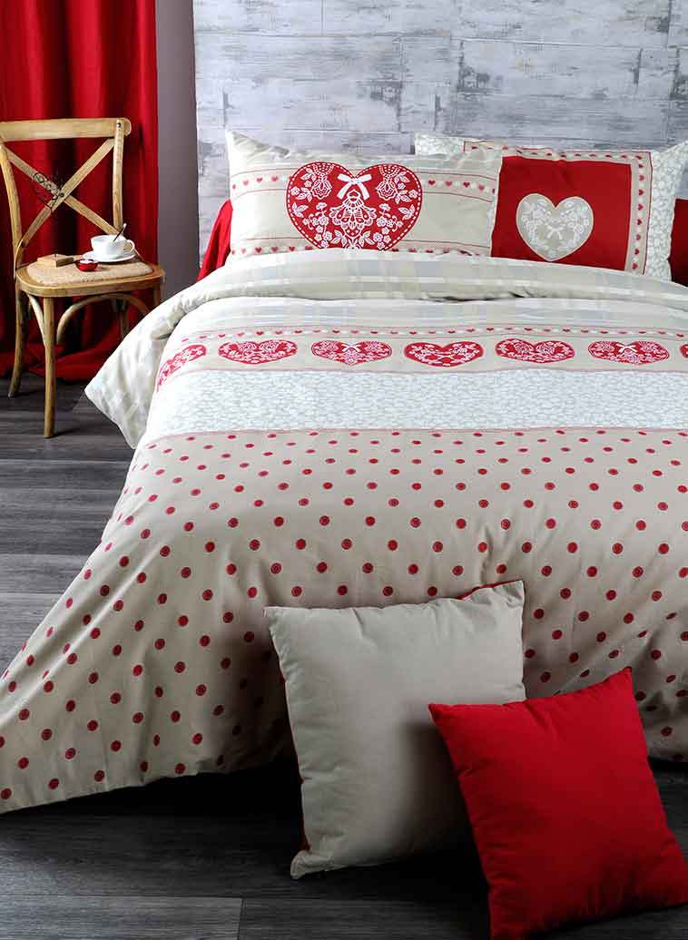 parure de couette imprim e romantique rouge beige. Black Bedroom Furniture Sets. Home Design Ideas