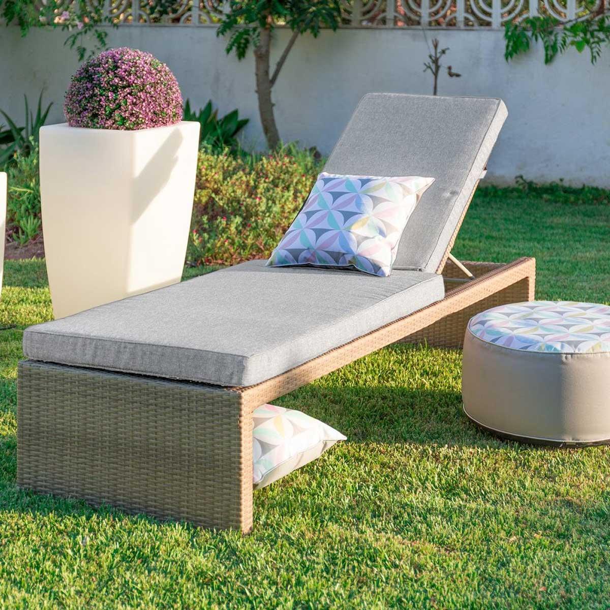 Chaise longue d'extérieur en rotin (Marron/gris)