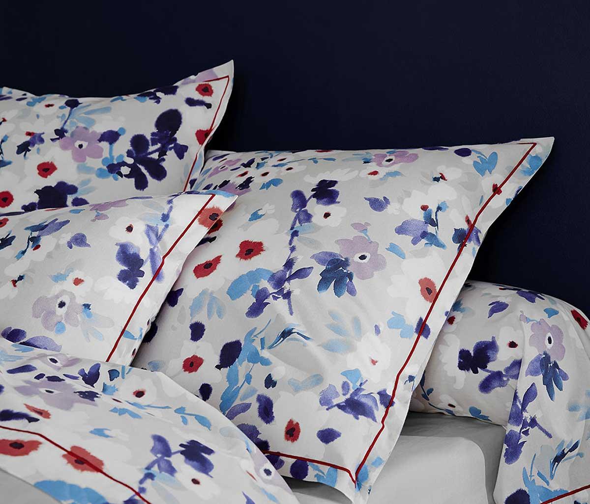 parure de lit 3 pi ces fleurs aquarell es gris homemaison vente en ligne draps housses. Black Bedroom Furniture Sets. Home Design Ideas