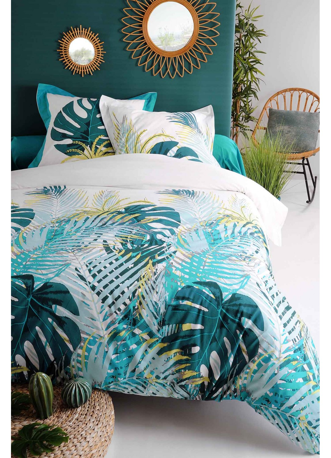 parure de couette inspiration jungle verte turquoise vert homemaison vente en ligne. Black Bedroom Furniture Sets. Home Design Ideas