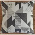 Housse de coussins jacquard motif géométrique (Gris)