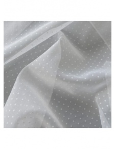 Tissu en voile à plumetis