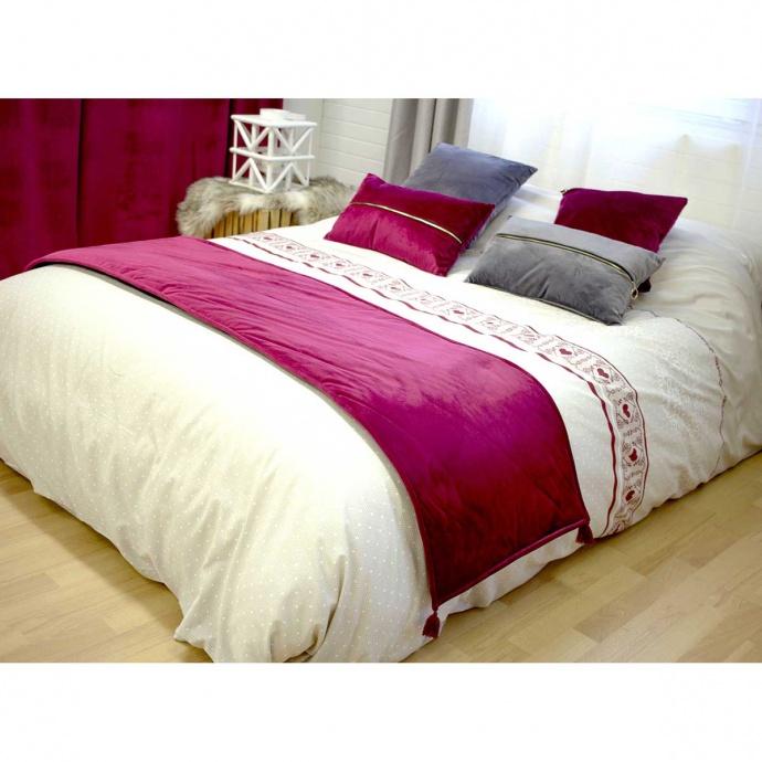 Chemin de lit en velours uni avec pompons (Rubis)