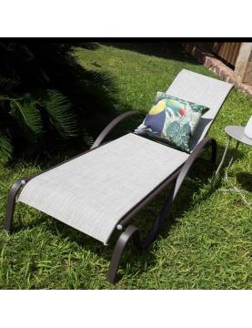 Chaise longue pliable en acier