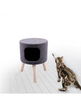 Arbre à chat en feutrine sur pieds en bois