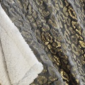 Plaid imitation fourrure dorée (Gris)