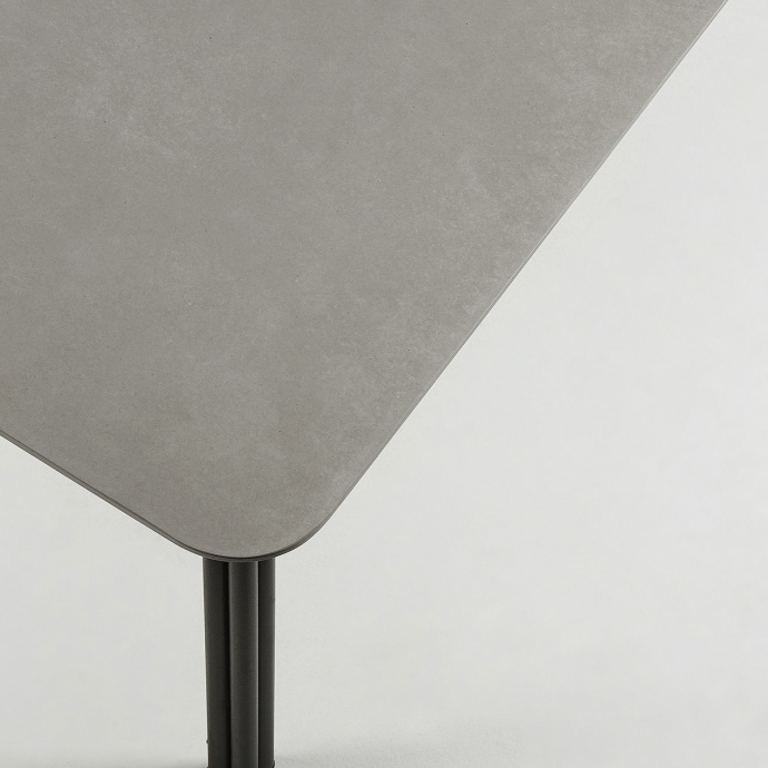 Table en acier et poly-ciment  (Gris/Noir)