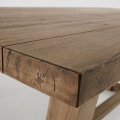 Table imposante en teck (TECK)