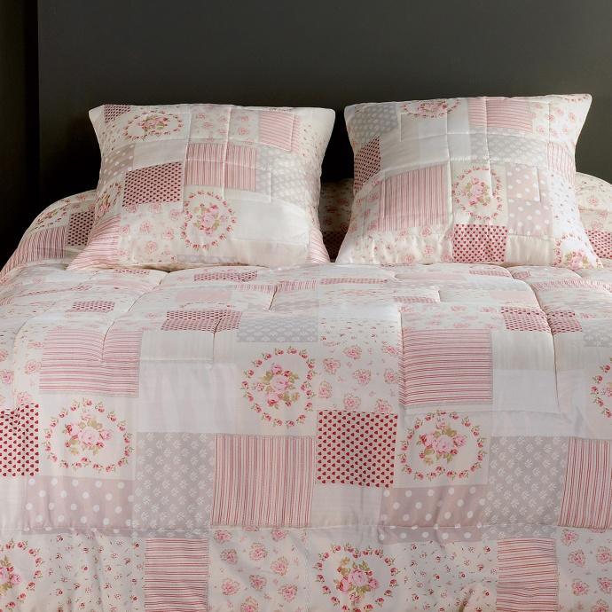 Jeté de lit et sa taie en patchwork