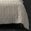 Couvre lit matelassé et moelleux (Ecru)