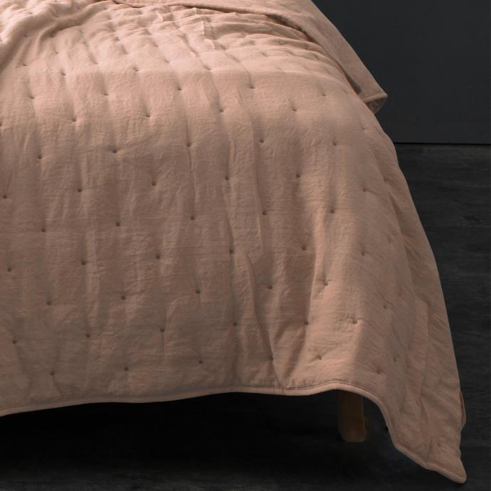 Couvre lit matelassé et moelleux (Rose)