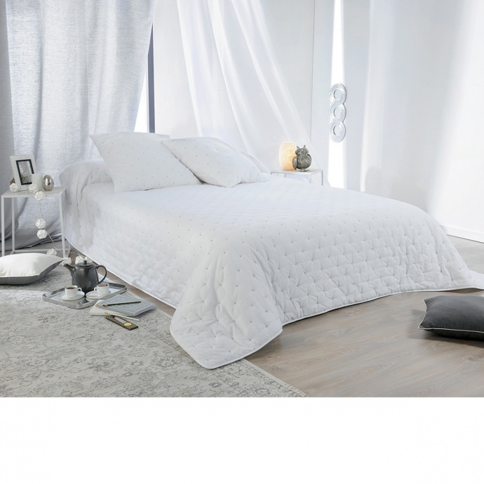 Couvre lit aspect matelassé (Blanc)
