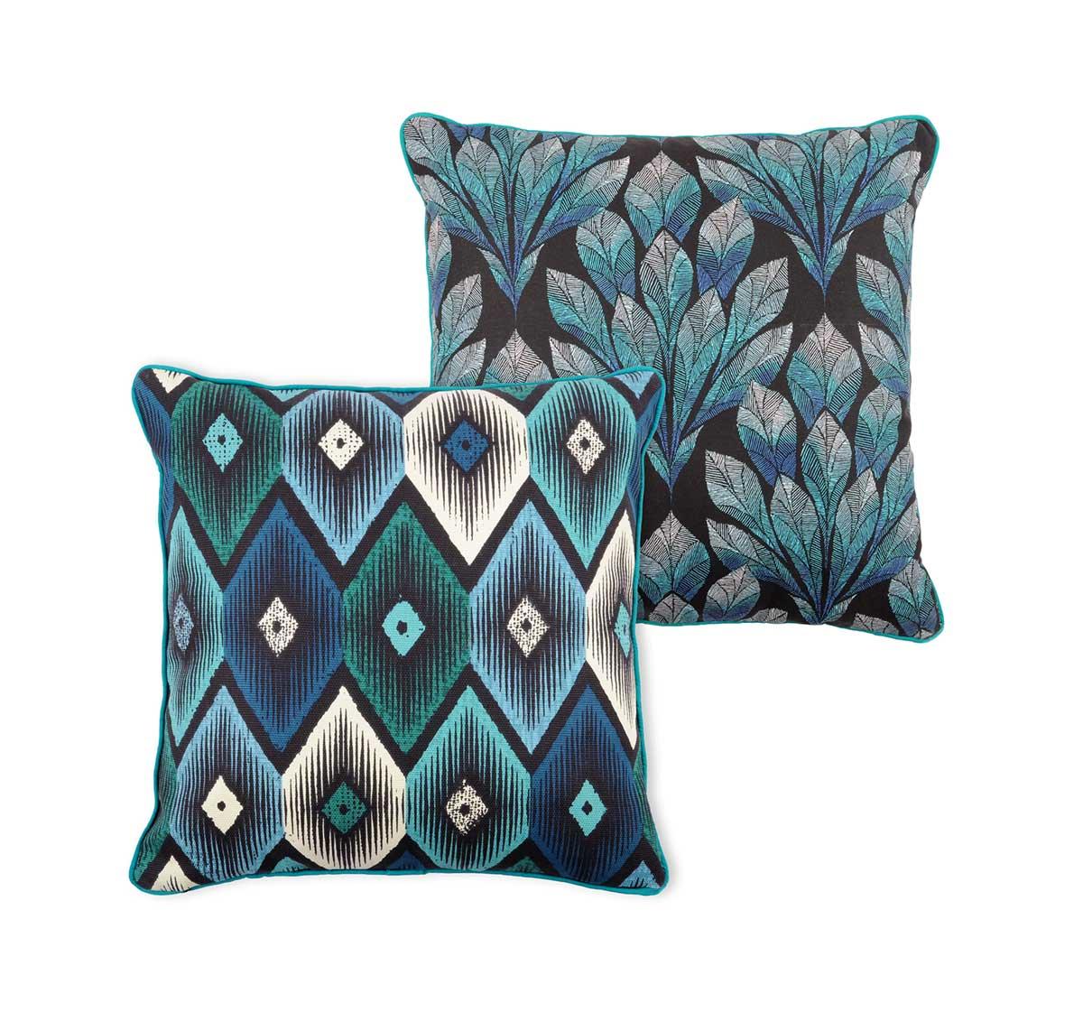 coussin biface ethnique et floral bleu homemaison. Black Bedroom Furniture Sets. Home Design Ideas