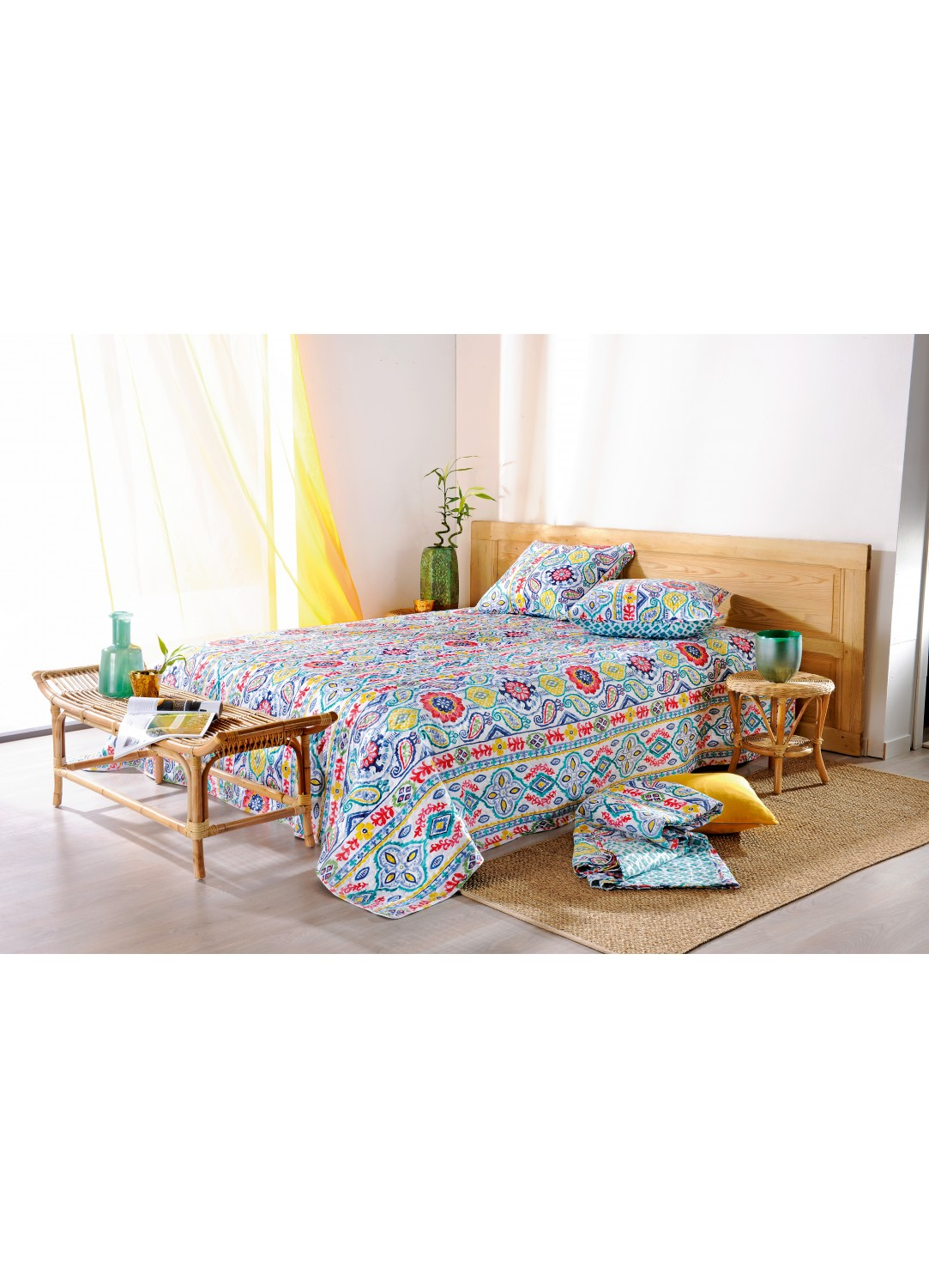 plaid boutis miko multicolore homemaison vente en ligne couvertures et plaids. Black Bedroom Furniture Sets. Home Design Ideas