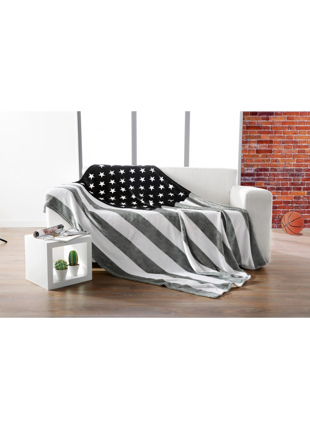 plaid usa gris homemaison vente en ligne couvertures et plaids. Black Bedroom Furniture Sets. Home Design Ideas
