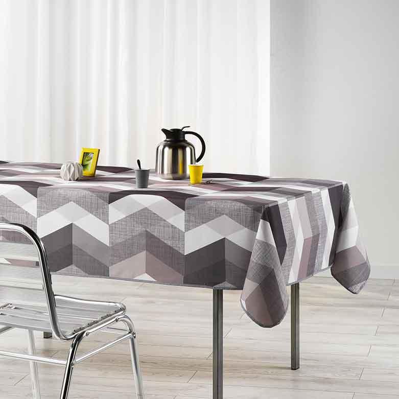 nappe rectangulaire chevron design noir blanc homemaison vente en ligne nappes. Black Bedroom Furniture Sets. Home Design Ideas