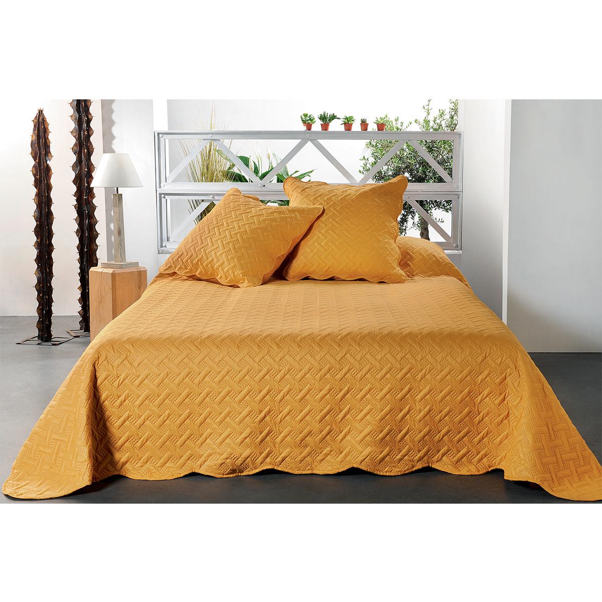 Jeté de lit aux formes géométriques surpiquées  (Jaune)