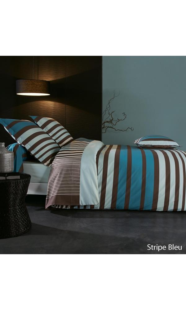 Drap stripe bleu à imprimés rayés - Bleu/Chocolat - 280 x 325 cm. Chic, tonique, graphique cedrapen purcoton&nb