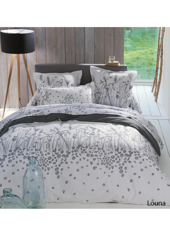 housse couette marron tous les objets de d coration sur elle maison. Black Bedroom Furniture Sets. Home Design Ideas
